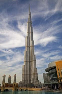 Самое большое здание в мире. Бурдж-Халифа. Дубае. ОАЭ.