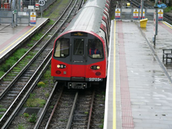 Самое большое метро в мире. Лондонский метрополитен. Лондон. Англия.